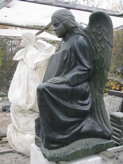 Скульптуры из гранита памятники на могилу фото и цены в пушкино новая деревня